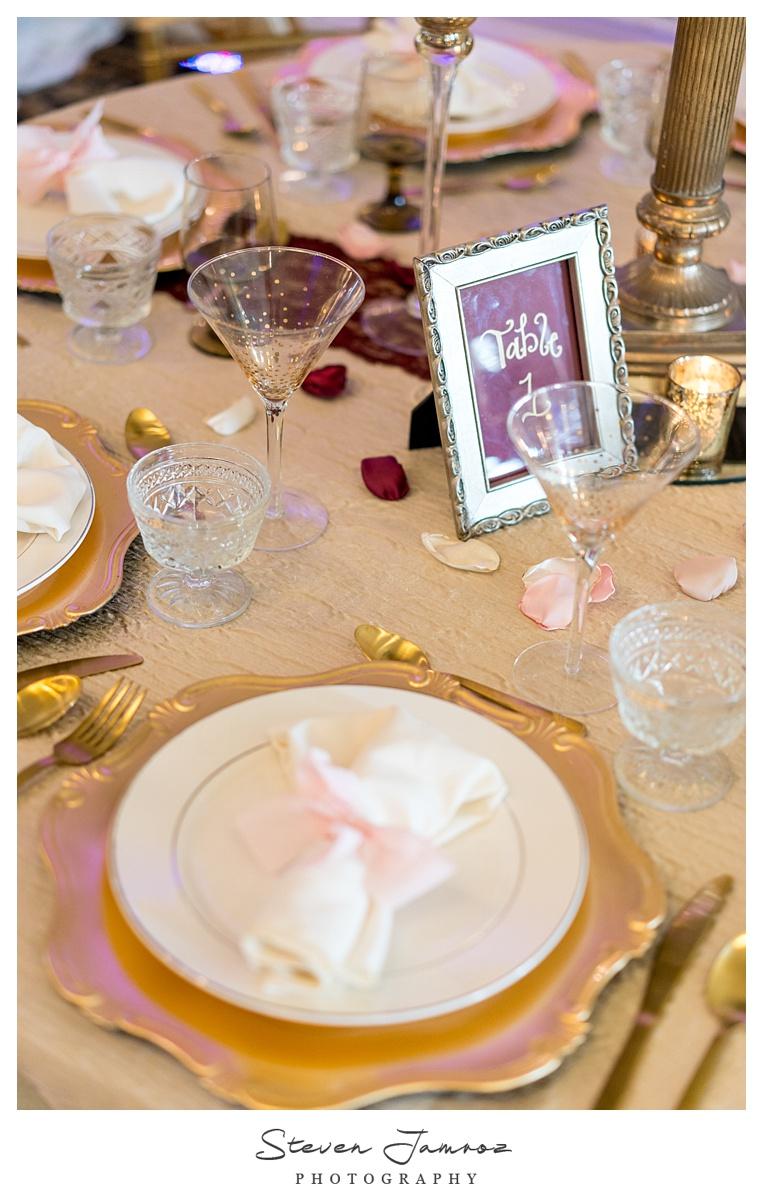 hall-at-landmark-wedding-table-top-event-0078.jpg