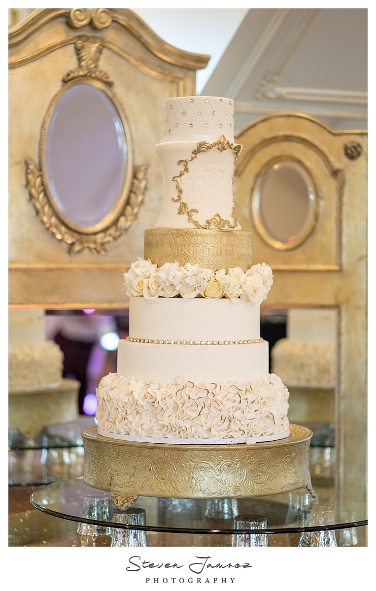 hall-at-landmark-wedding-table-top-event-0085.jpg