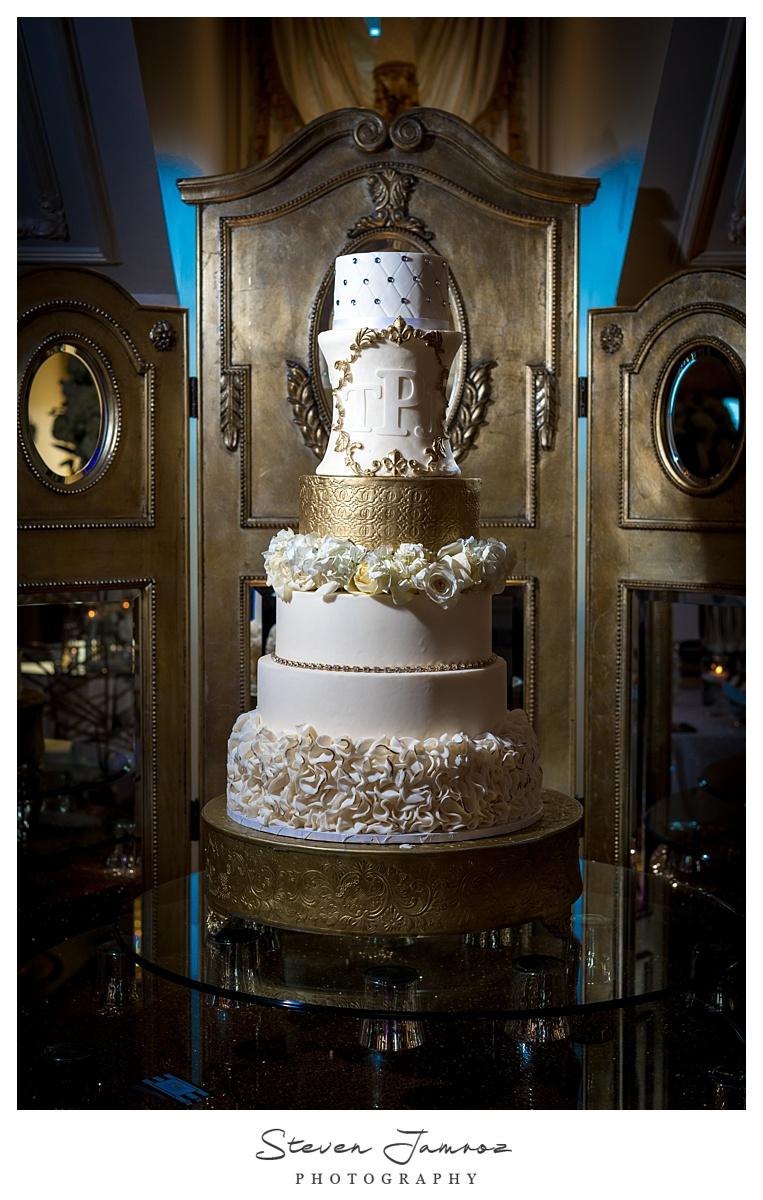 hall-at-landmark-wedding-table-top-event-0168.jpg