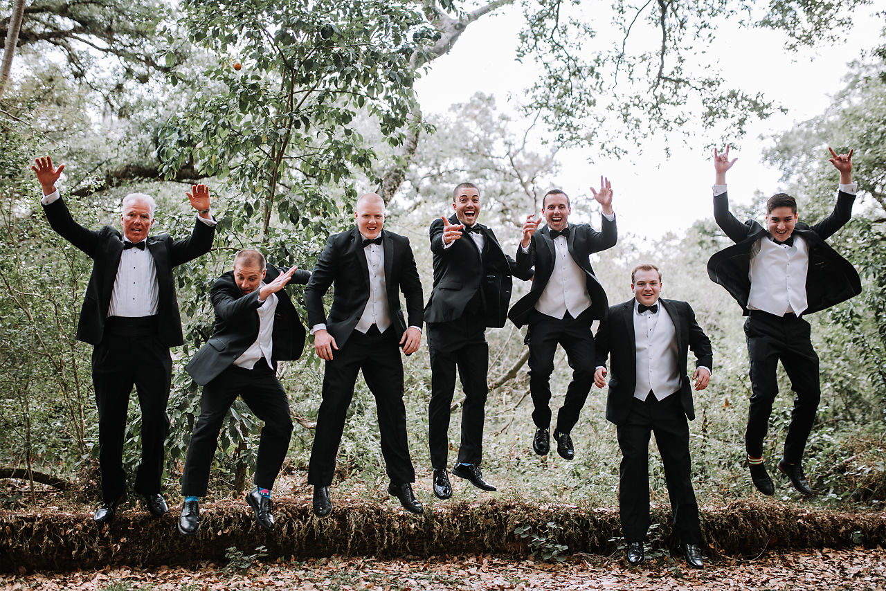 groomsmen-pictures-tree-tops-park