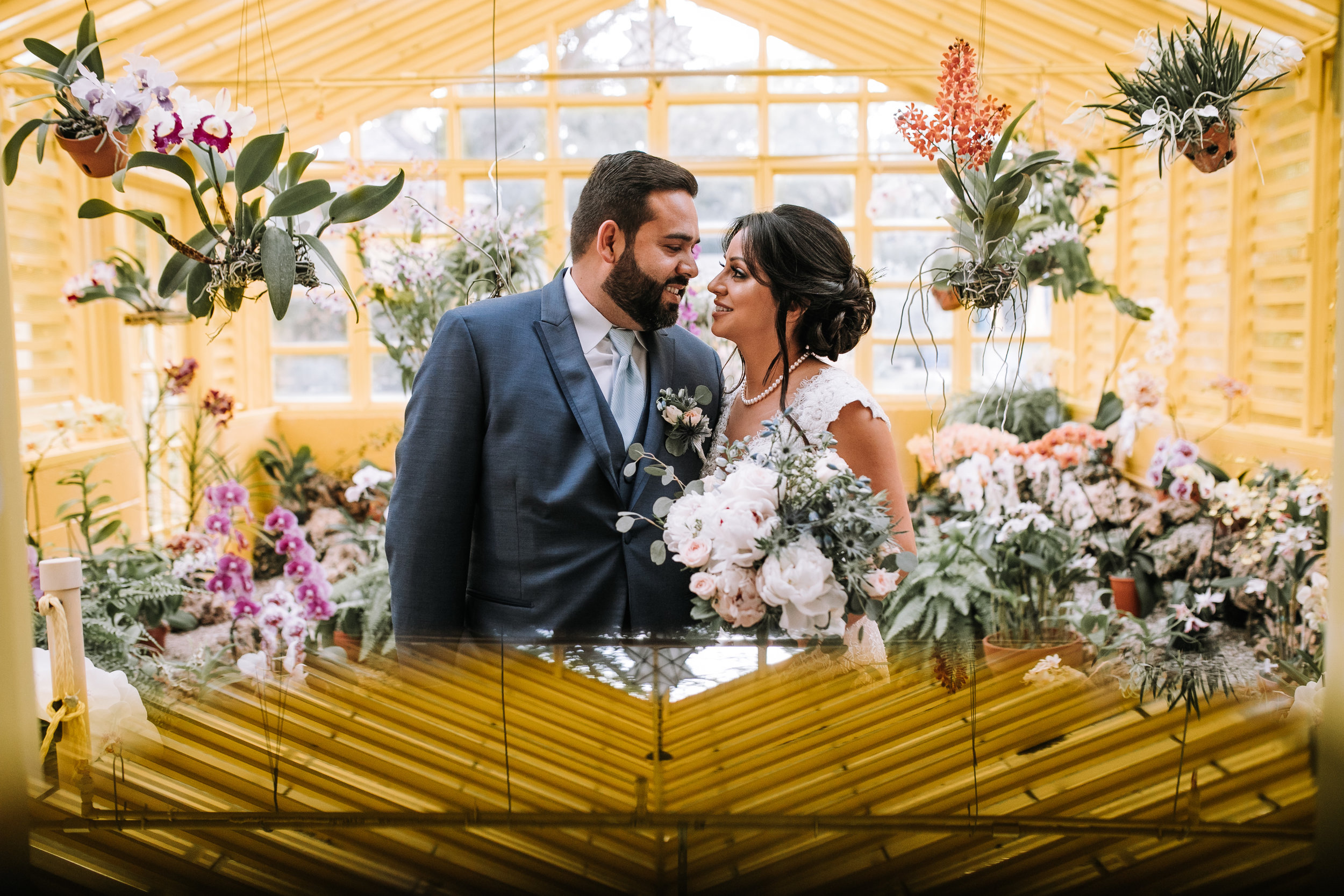 greenhouse-bride-and-groom-potrait-fort-lauderdale-florida