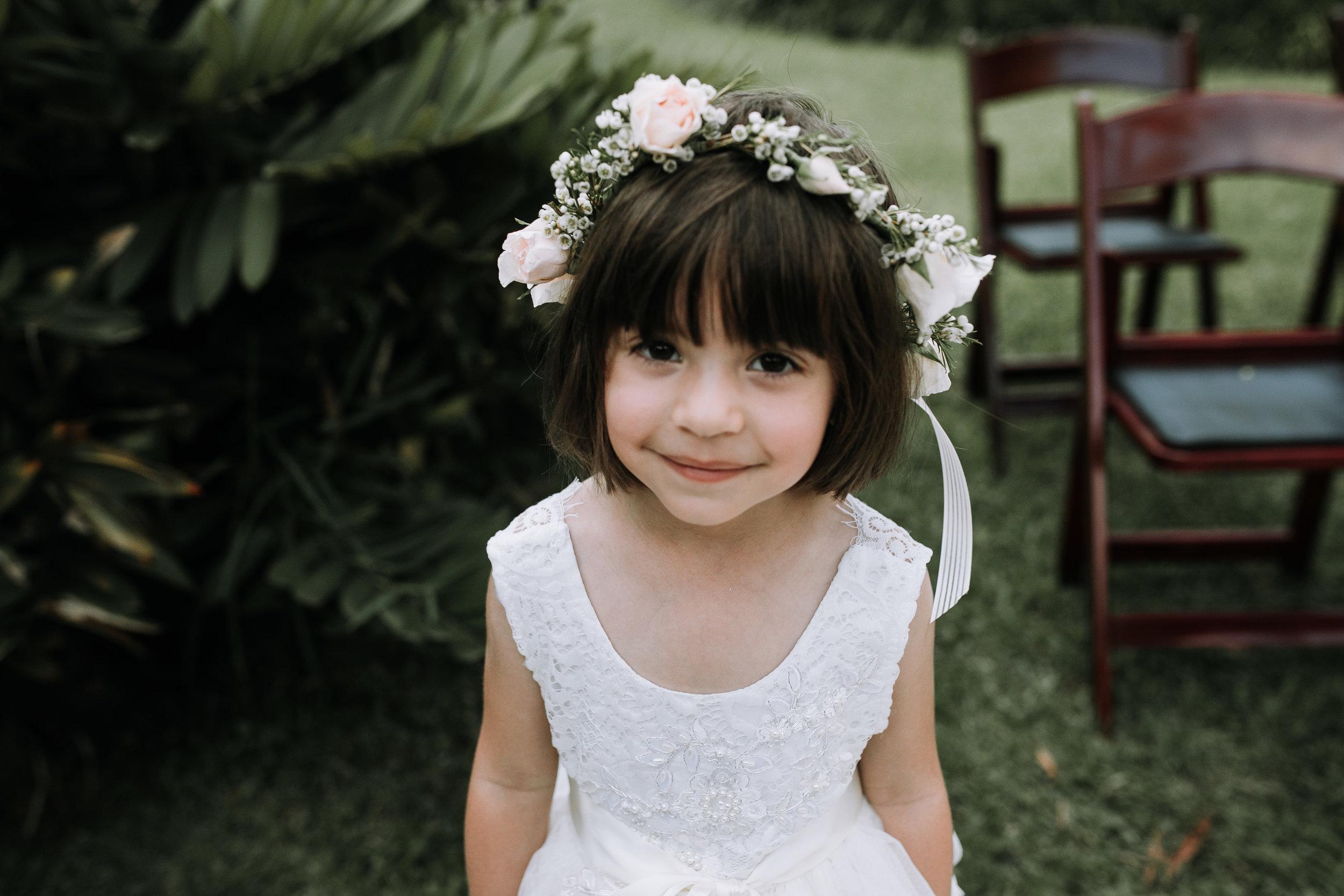 south-florida-wedding-flower-girl