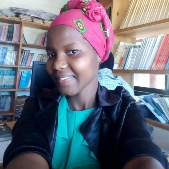 Ganako Librarian, Rehema