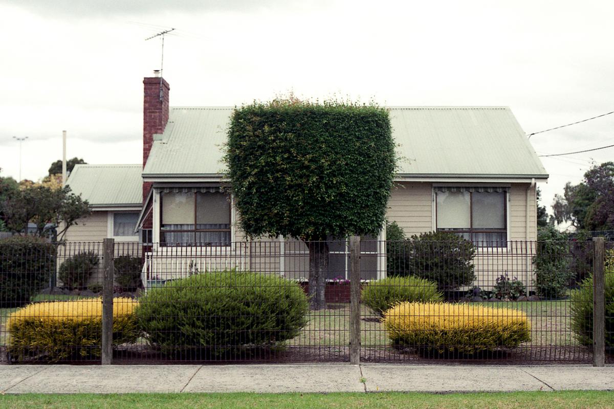 photography suburb melbourne ivanhoe house garden square
