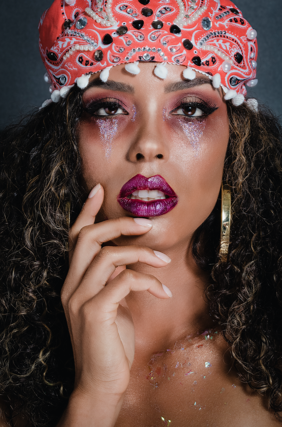 Fortune Teller - Out of all the costume possibilities, the fortune teller look may be the easiest to achieve for the most casual makeup user. If you have already mastered a basic smokey eye look,the fortune teller costume is for you!
