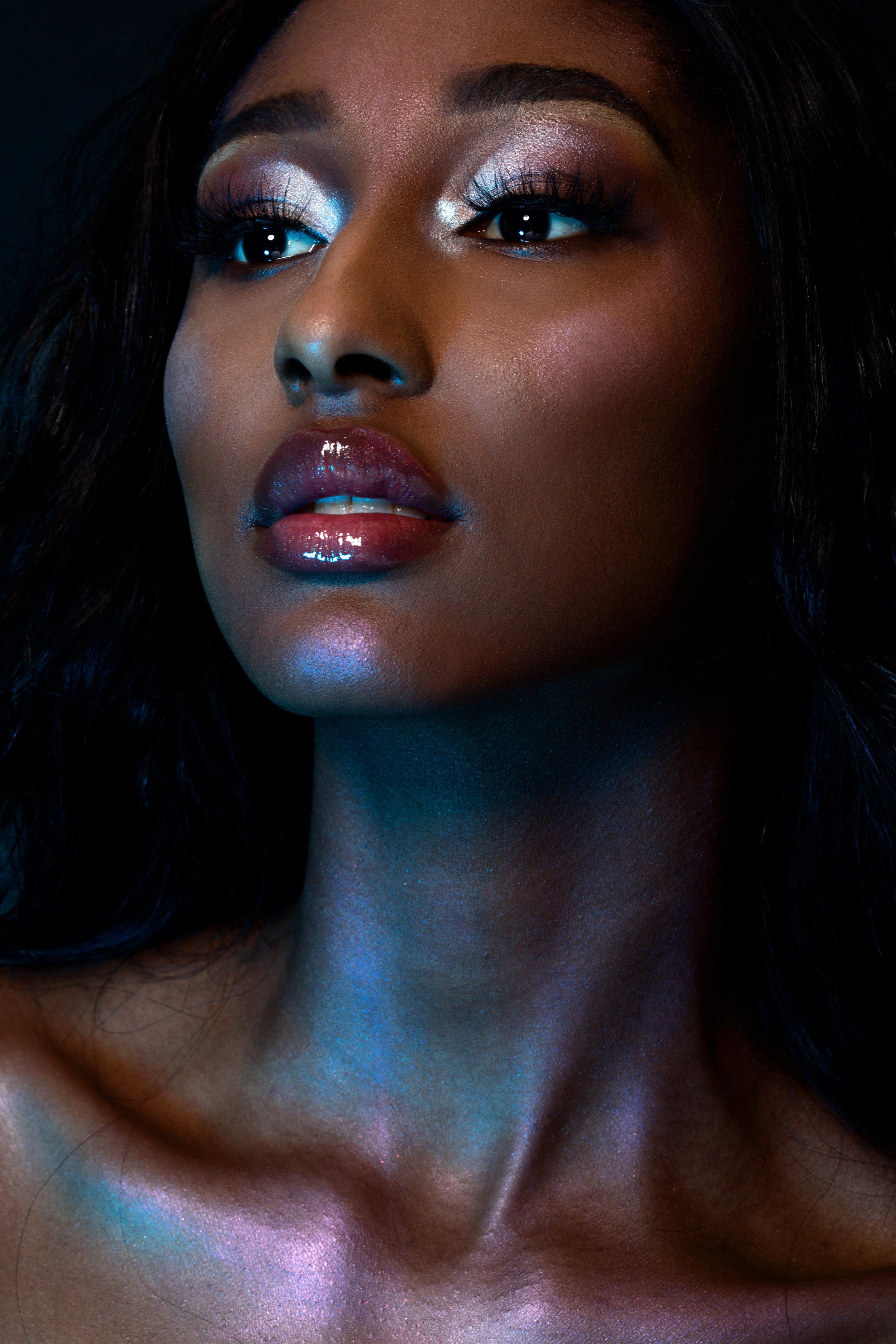 anastasia beverly hills highlighter makeup look