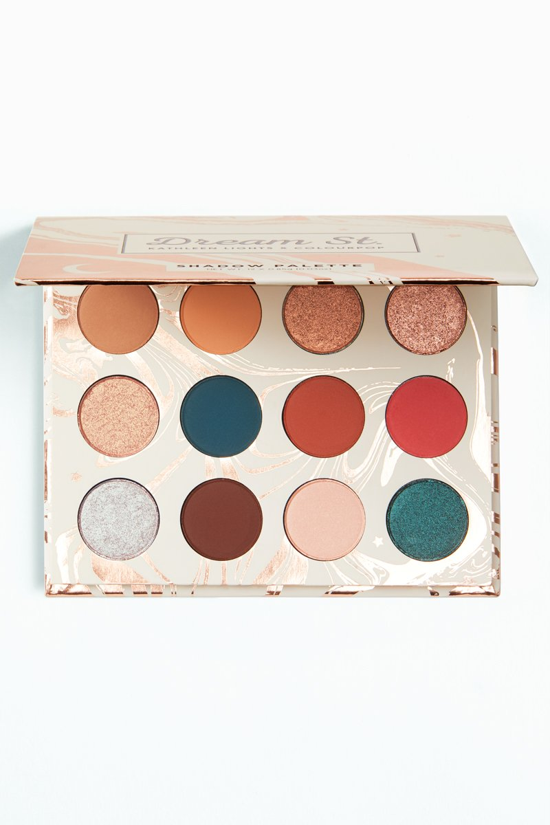These colors alone are gorg!