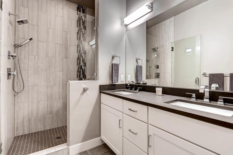 1636 King St Denver CO 80204-large-021-13-3rd Floor Master Bathroom-1500x999-72dpi.jpg