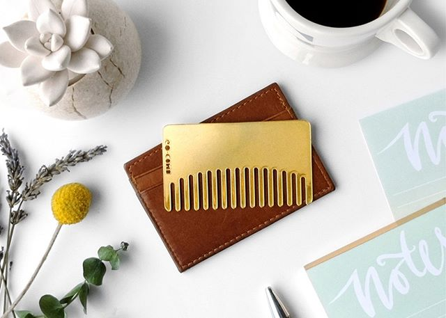 You're never looking crass with Brass in your pocket. ✨ . . . #gocomb #edc #hair #hairstyle #comb #combs #haircomb #hairstyling #style #beauty #instabeauty #lifehacks #hairdo #hairoftheday #hairgoals #haircare #hairfashion #hairideas #hairjourney #pursuepretty #portraits_ig #thatsdarling #hairproduct #longhair #pursuewhatislovely #beautyblogger #brass #golden #wallet #tool