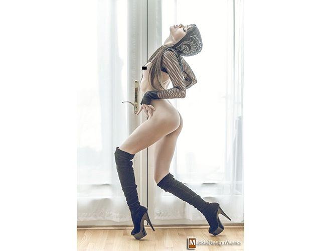 February 2013 shoot with Mika Lovely ⬇FOLLOW⬇ Photographer @mickledesignwerks 📸 Model @mikalovely 😍  #dmvphotographer #studio #photography #photoshoot #boudoir #boudoirphotography #style #styled #glam #glamour #pretty #sexy #mdmodel #mdboudior #nova #northernva #northernvirginia #virginia #dmv #marylandphotographer #pinup #glamour #dcmodel #mikalovely
