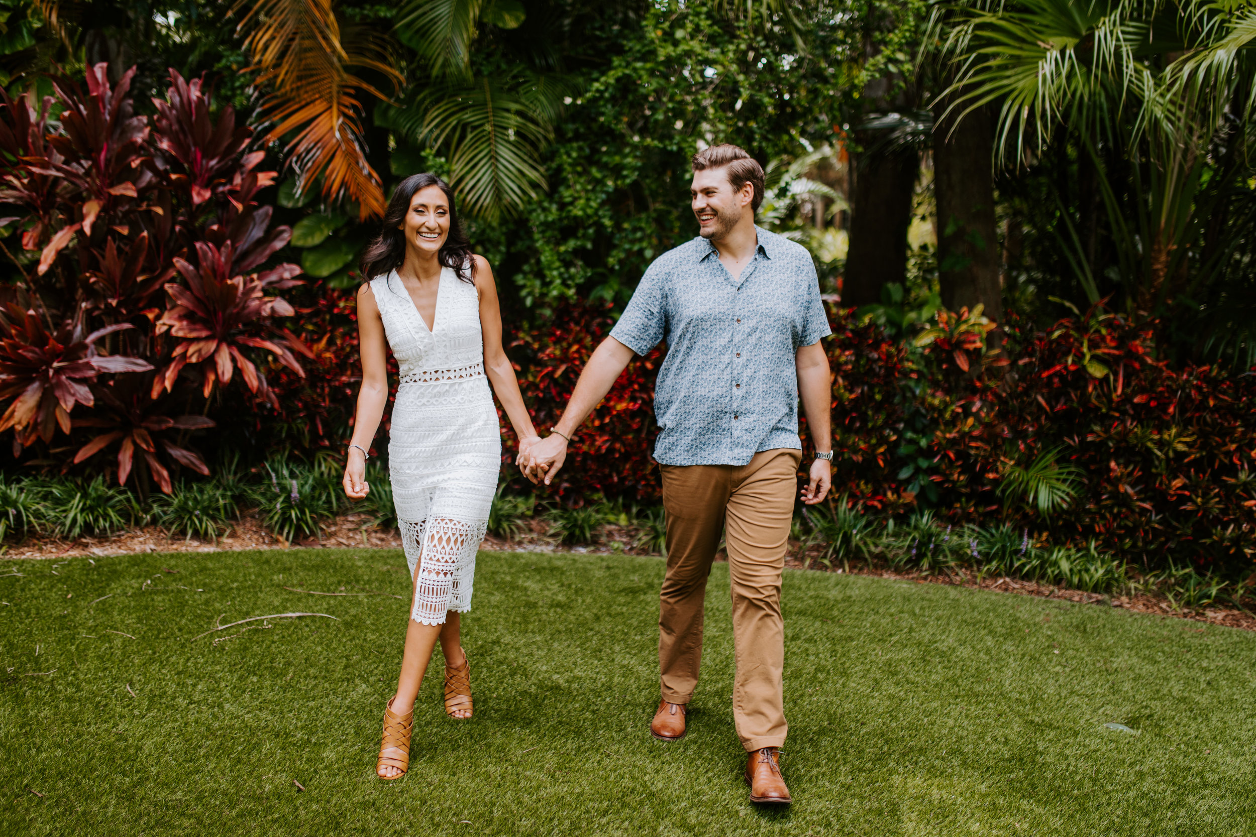 Sunken_Gardens-St_Pete-Allie_+_Eric-Engagement-Native_Expressions-57.jpg