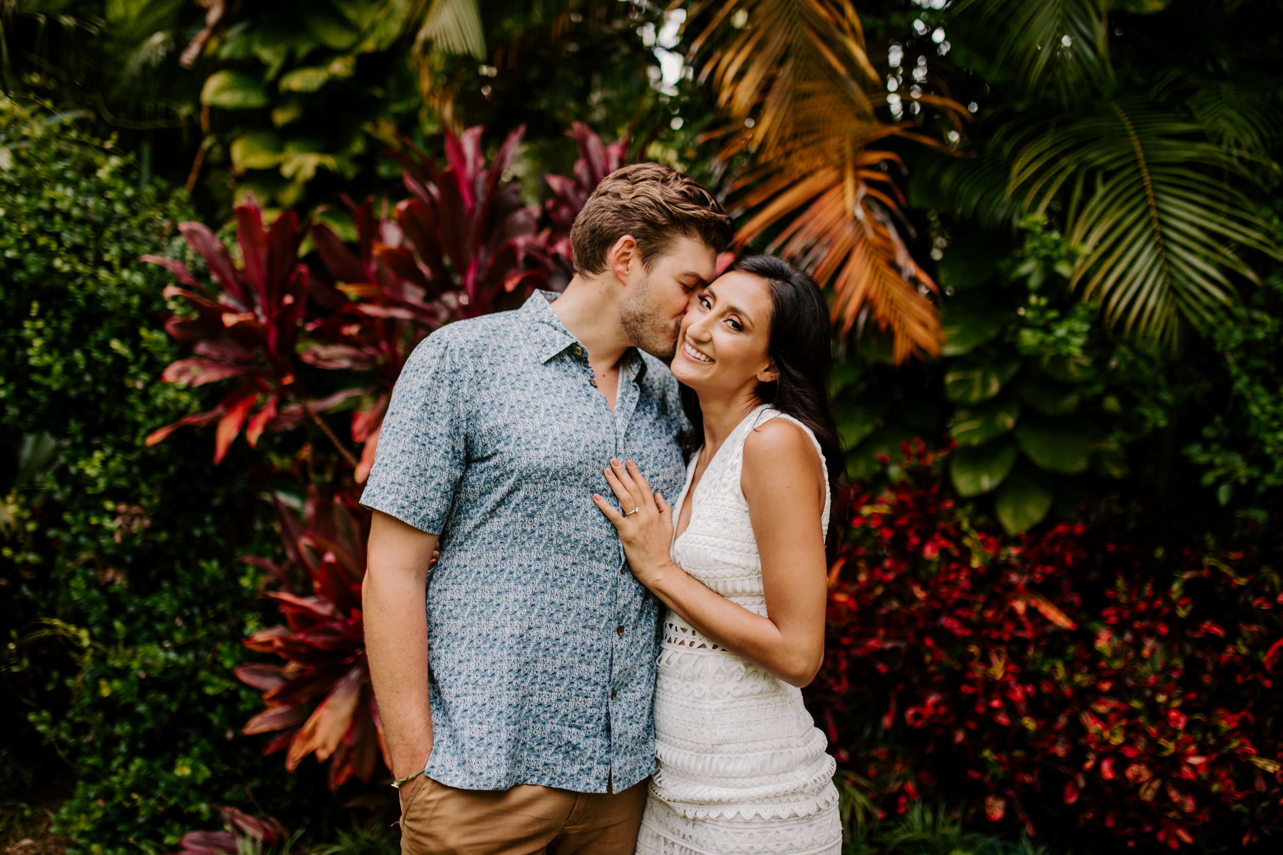 Sunken_Gardens-St_Pete-Allie_+_Eric-Engagement-Native_Expressions-90.jpg