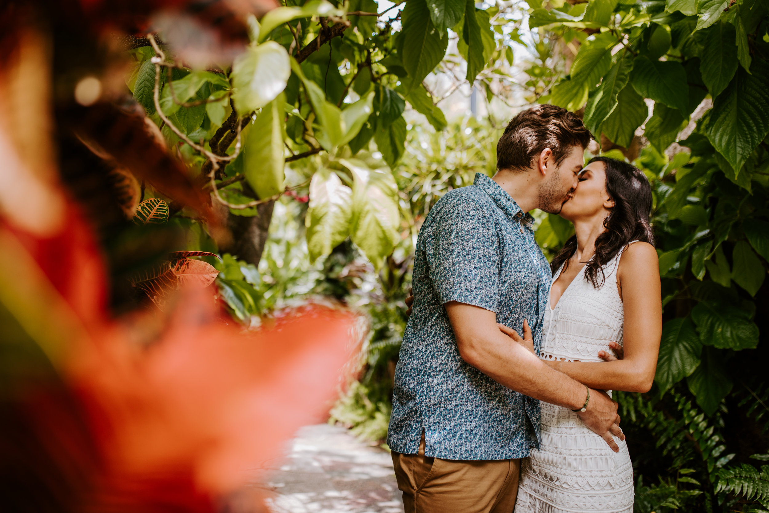 Sunken_Gardens-St_Pete-Allie_+_Eric-Engagement-Native_Expressions-140.jpg