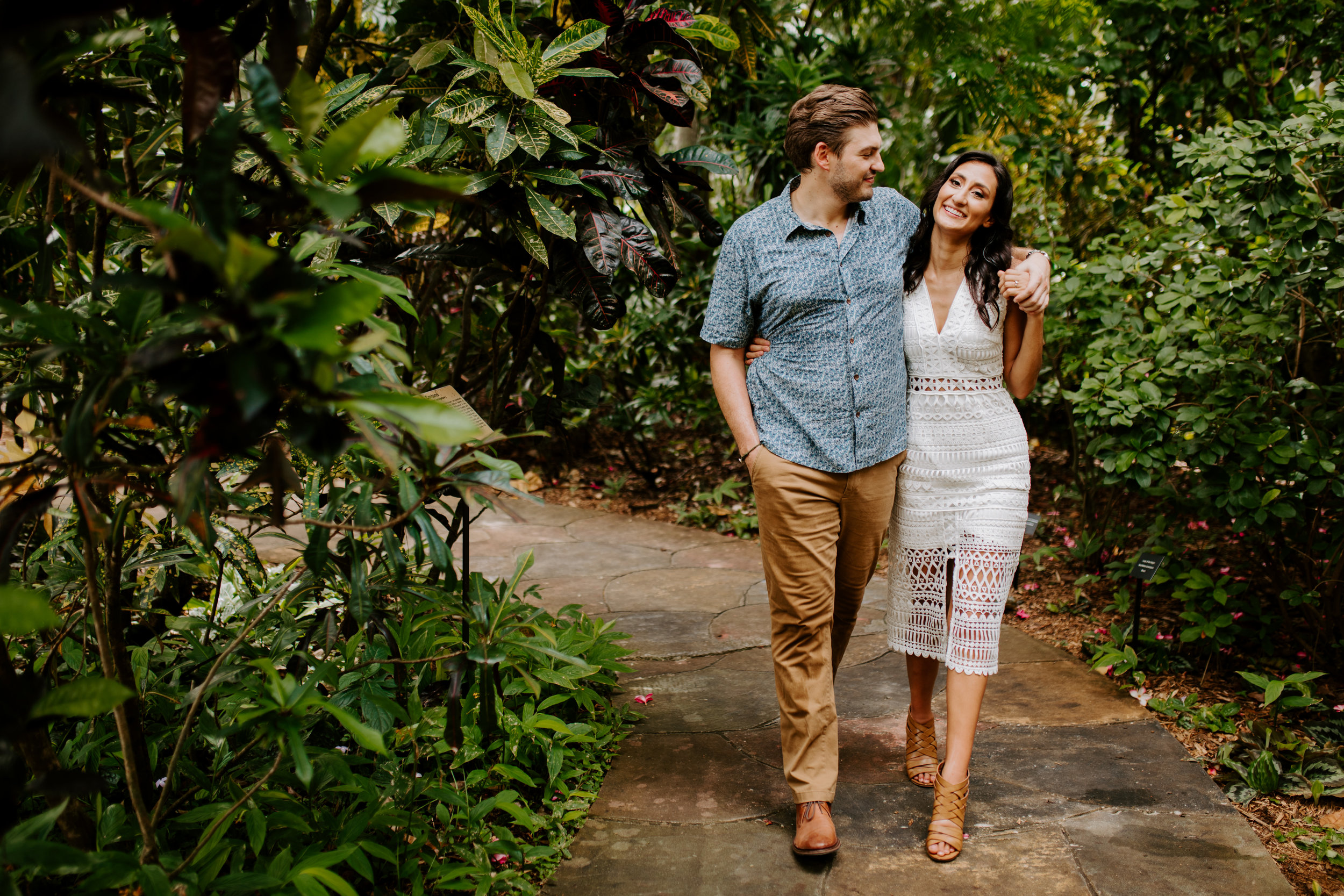 Sunken_Gardens-St_Pete-Allie_+_Eric-Engagement-Native_Expressions-208.jpg