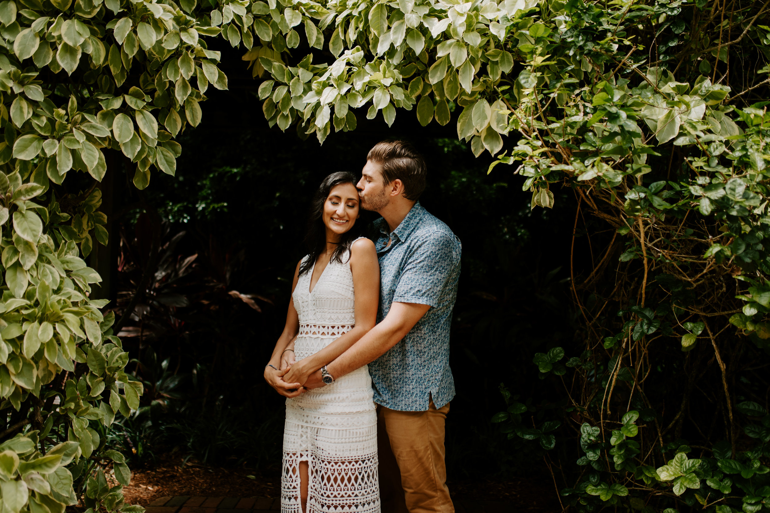 Sunken_Gardens-St_Pete-Allie_+_Eric-Engagement-Native_Expressions-222.jpg