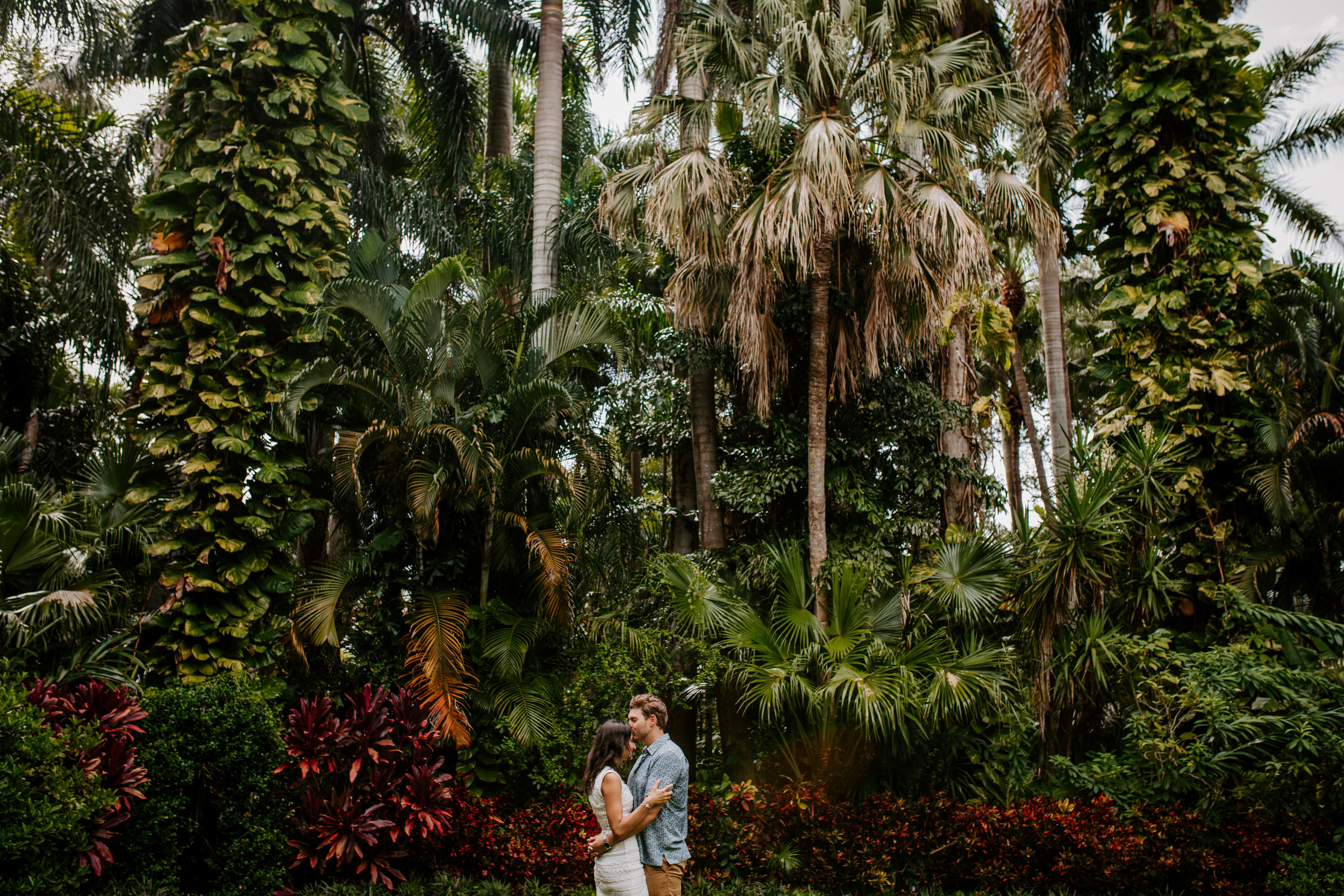 Sunken_Gardens-St_Pete-Allie_+_Eric-Engagement-Native_Expressions-305.jpg
