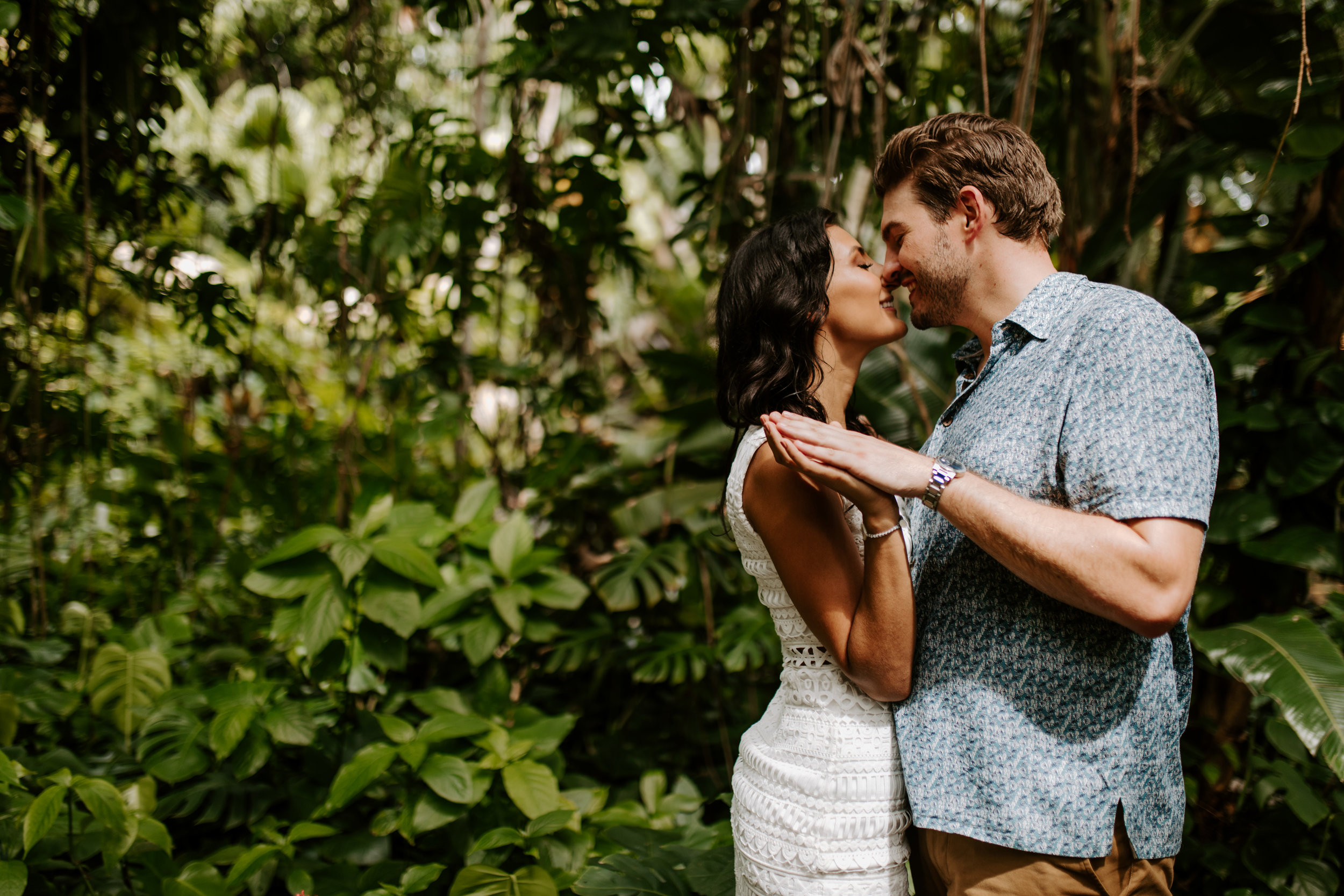 Sunken_Gardens-St_Pete-Allie_+_Eric-Engagement-Native_Expressions-327.jpg