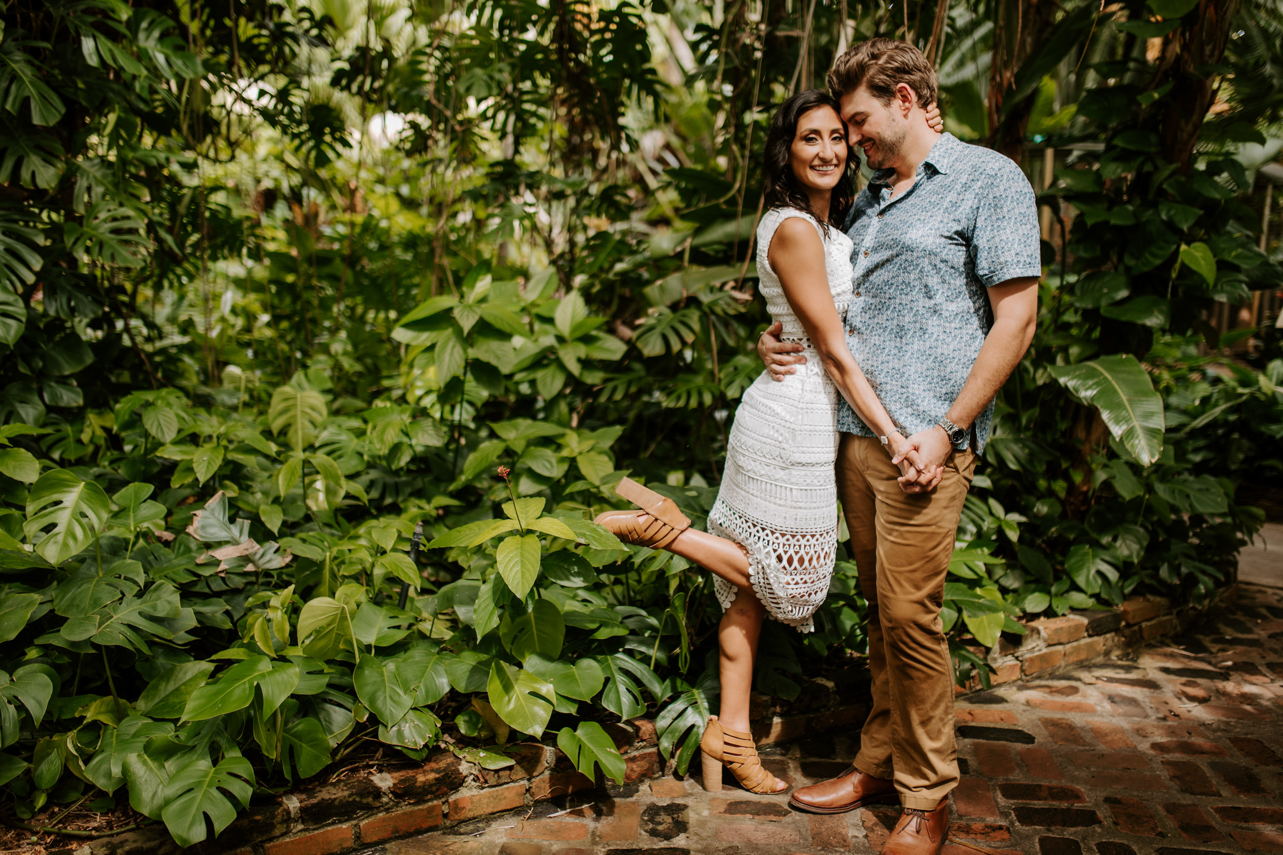 Sunken_Gardens-St_Pete-Allie_+_Eric-Engagement-Native_Expressions-323.jpg