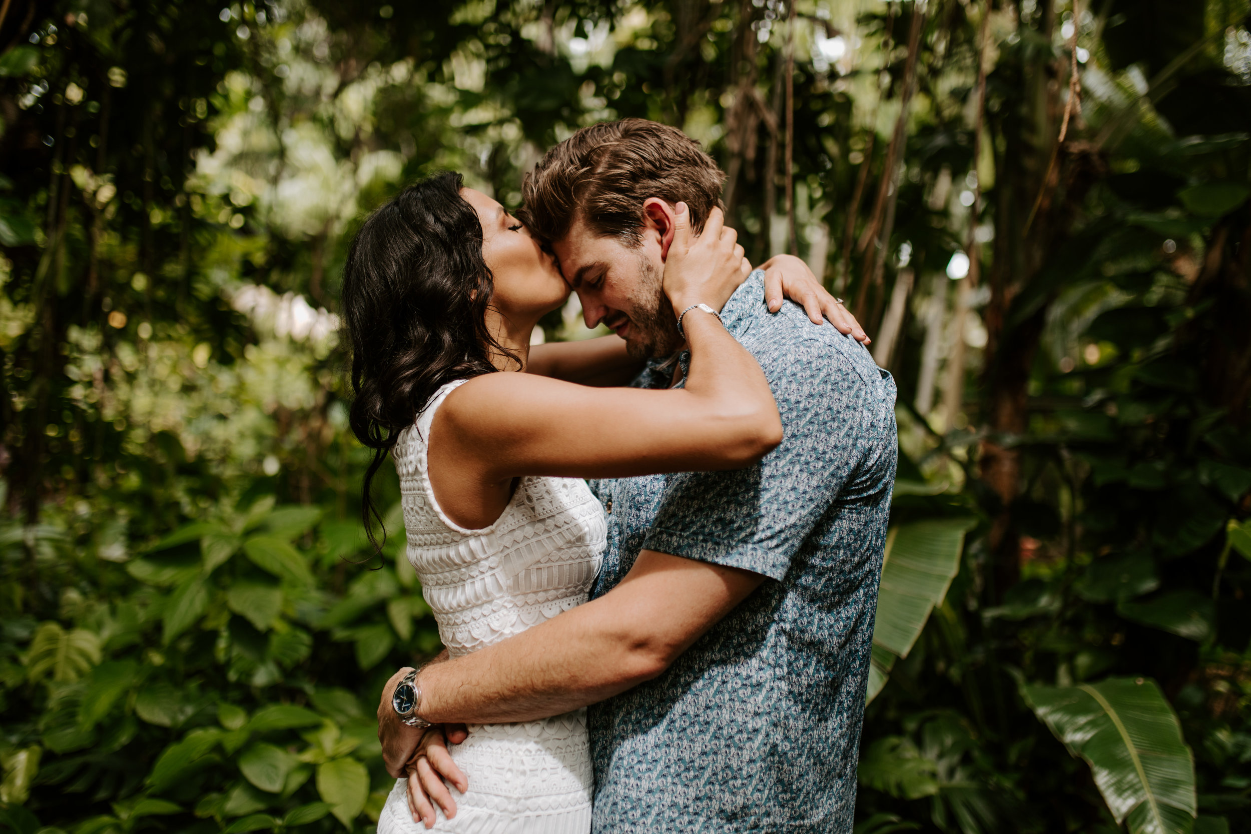 Sunken_Gardens-St_Pete-Allie_+_Eric-Engagement-Native_Expressions-347.jpg