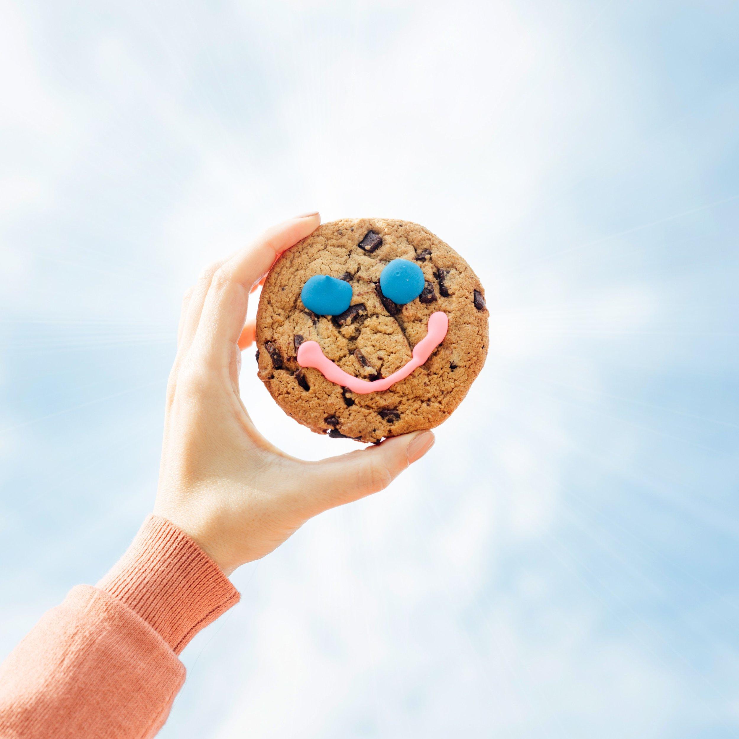 add sunbeams around cookie 1.jpg