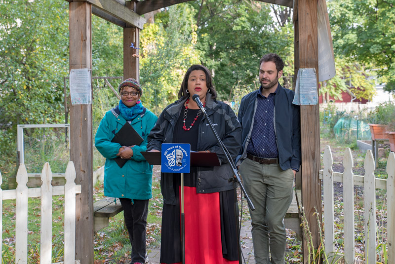2018 10-25 Urban Ag - Commissioner Lyman-Torres delivers Mayor Warren's remarks.jpg