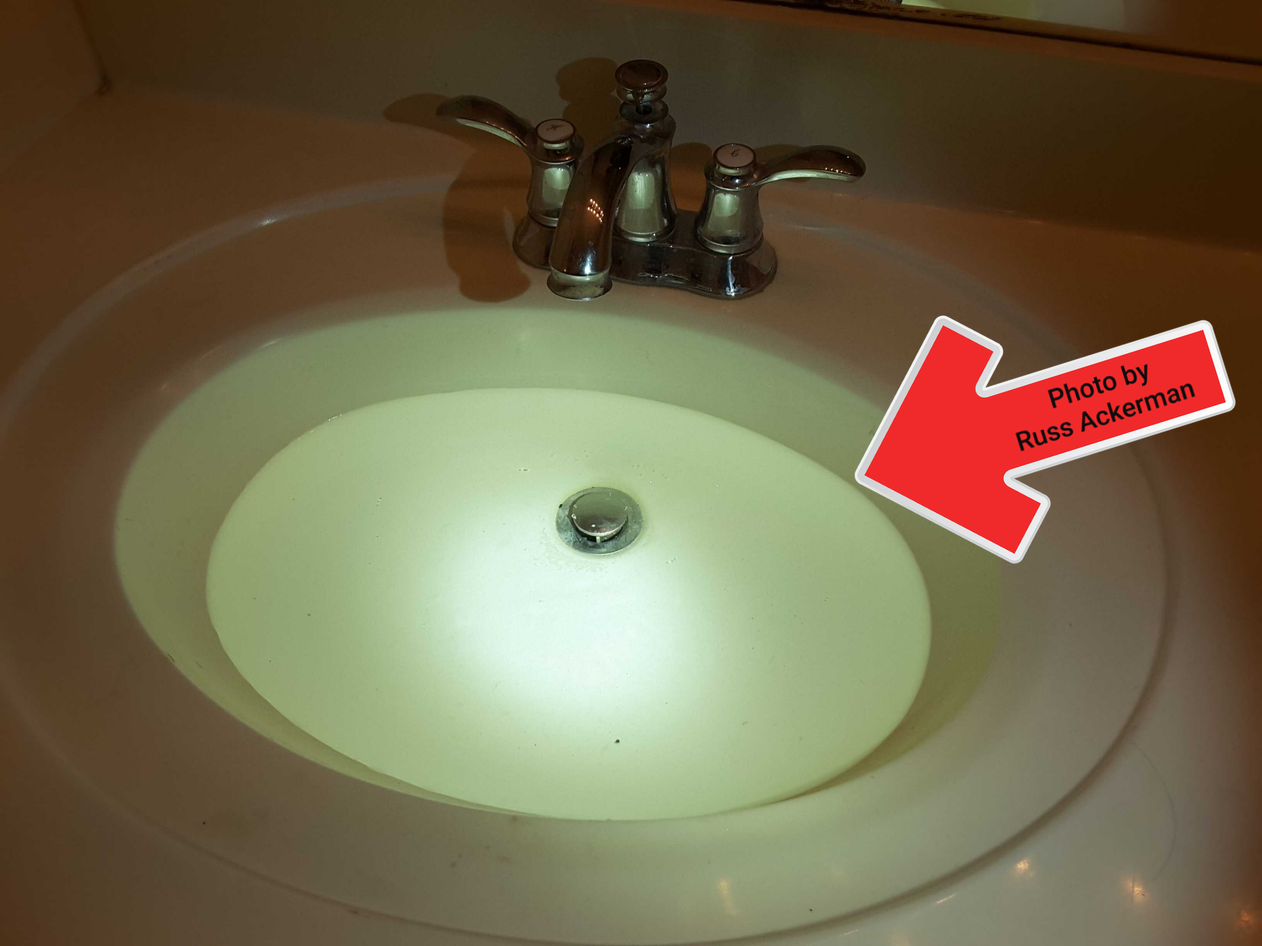 Master bathroom sinks get a lot of use and need regular maintenance to keep them operable. Cleaning drains and repairing or adjusting drain stoppers will avoid backups.