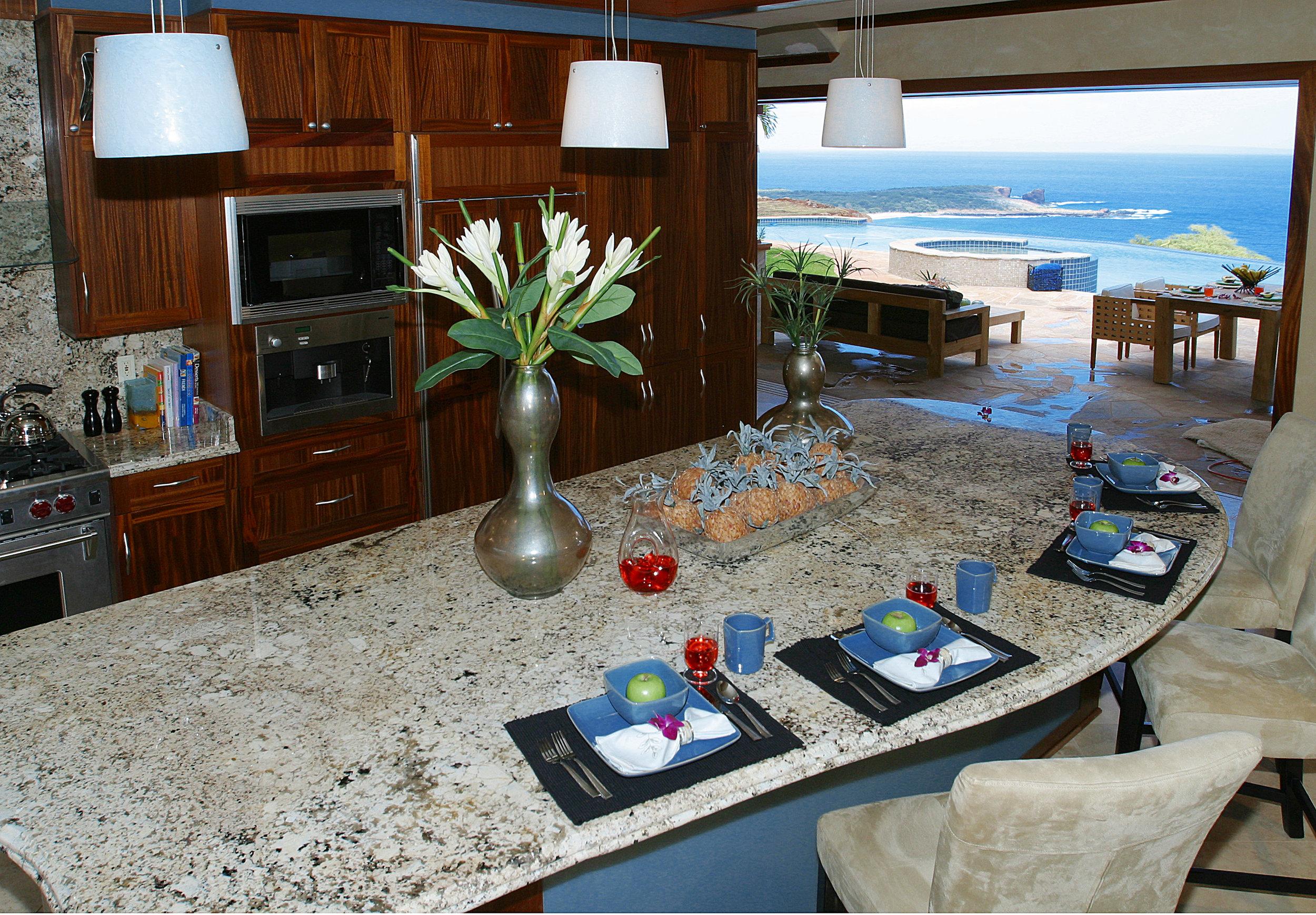 Hula Kitchen.jpg