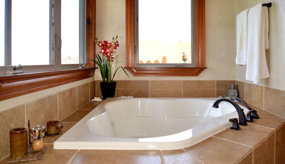 Seahouse-bath3-slide.jpg