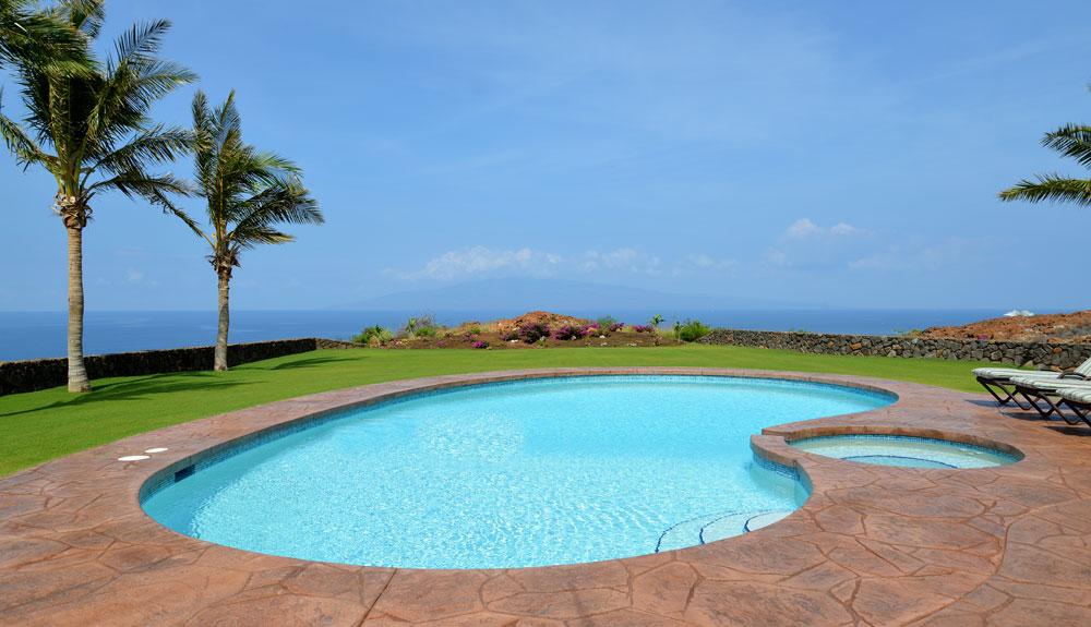 Seahouse-pool-slide.jpg