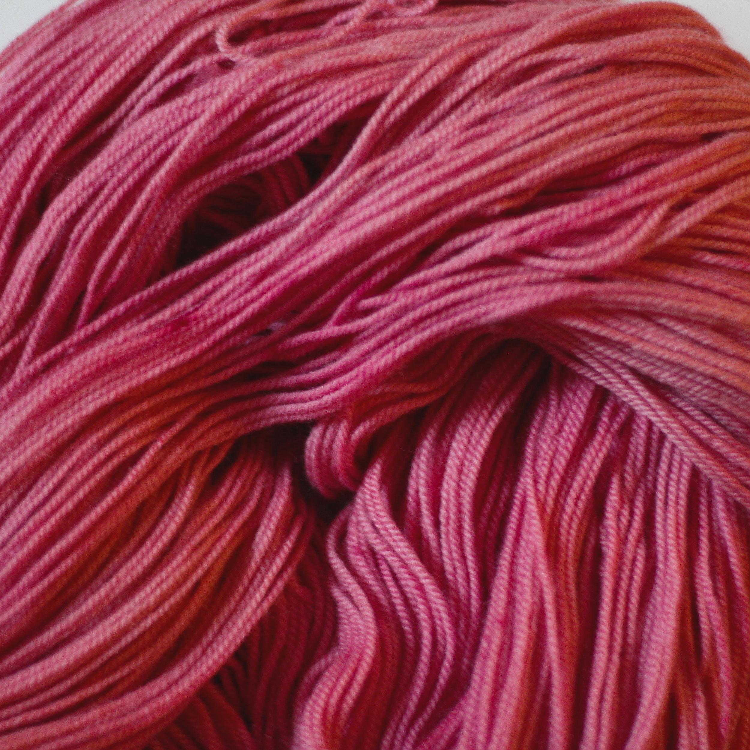 Sunburn     Cochineal   Dactylopius coccus   Logwood  Caesalpinia sappan