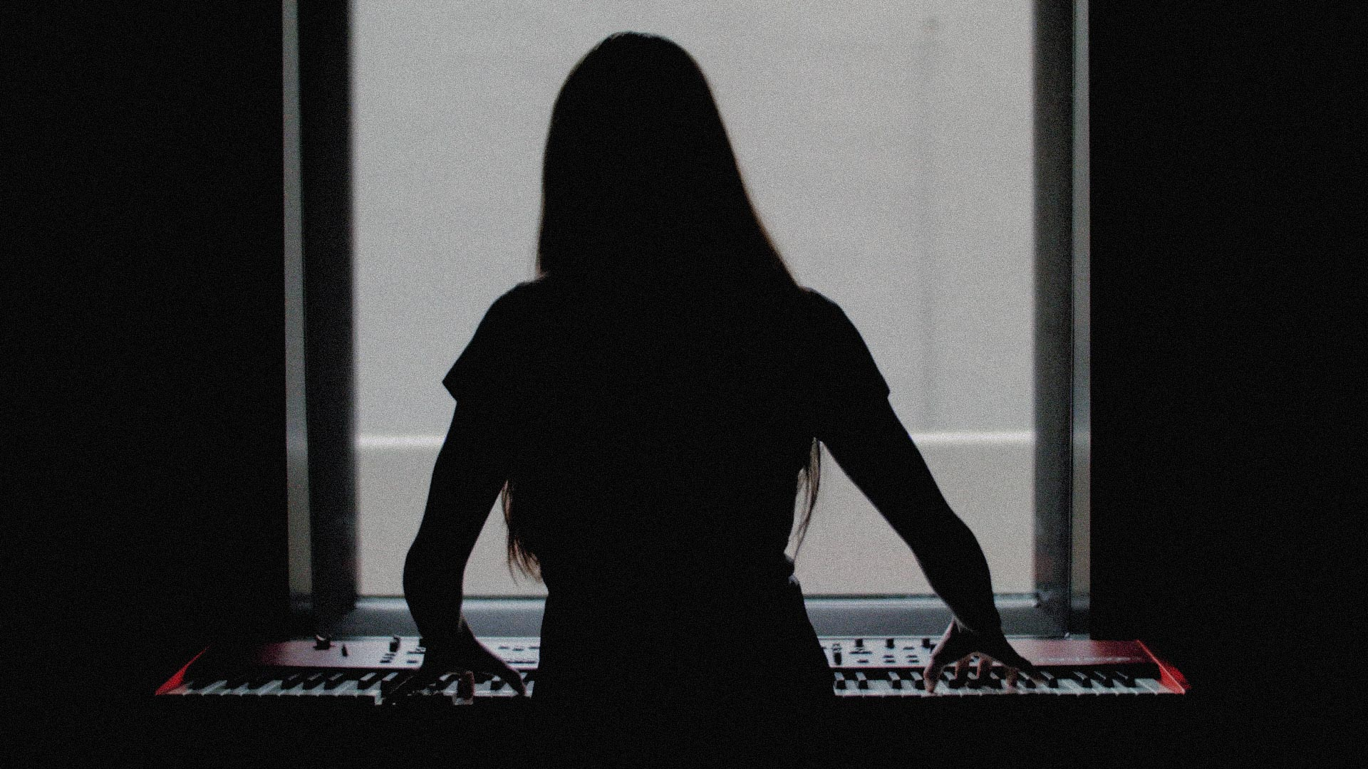 VERA BLUE | STUDIO SESSIONS  Director: Bryn Chainey  Cinematographer: Dimitri Zaunders   MORE