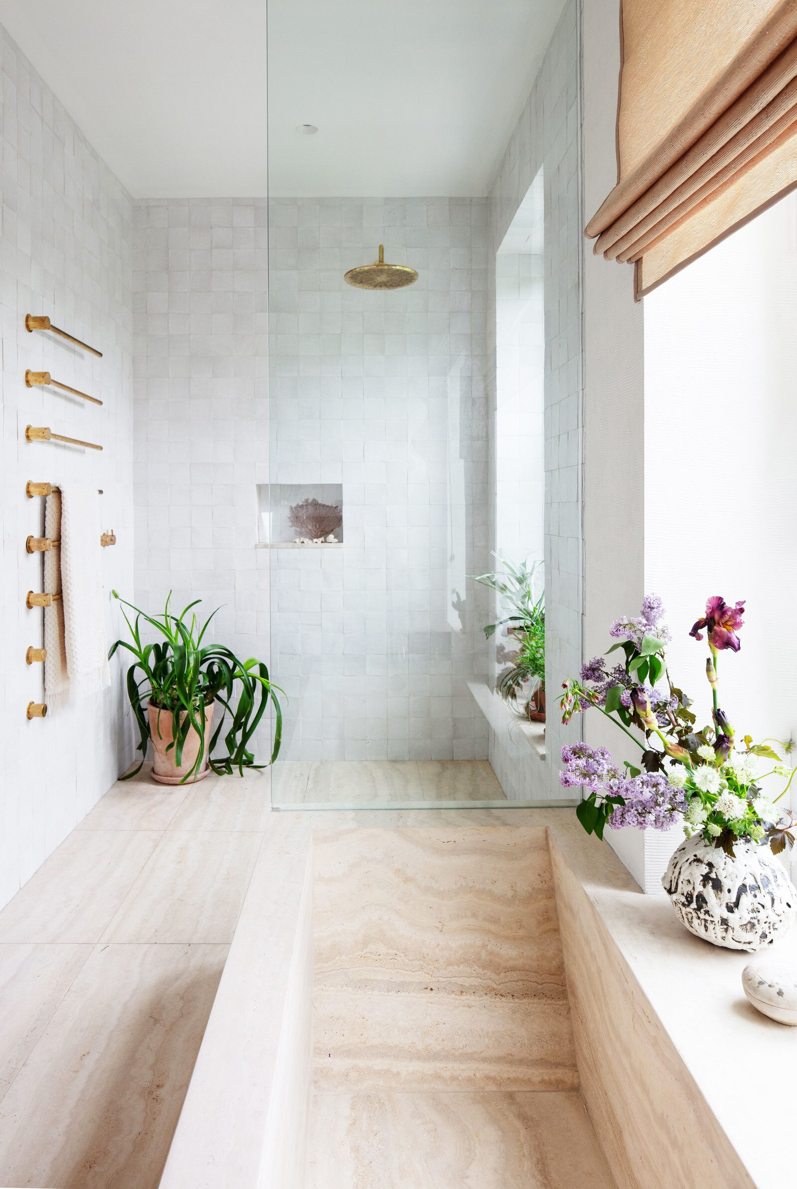 ad uj bath shower 2.jpg