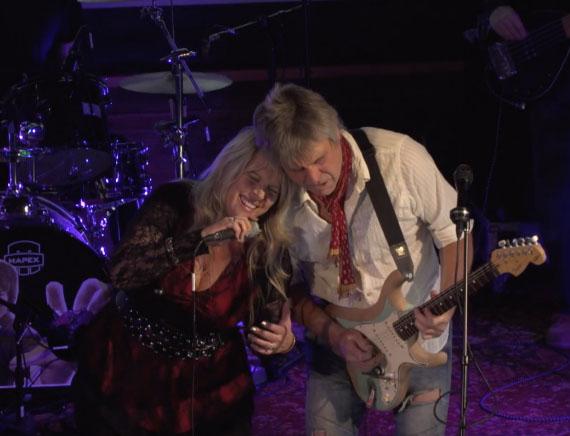 Roger and Carol Ann.jpg