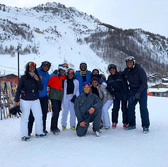 First day on the snow. A completely new experience for this amazing crew, we hope to see you next year. . . . . . . #skiing #firstday #experiencemore #fun #friends #lovingit #africanskier #nigeria #valdisere #getoutstayout #wintersport #skiistructor #rideyourtime #winter2019