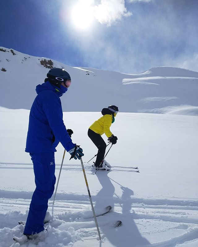Yesss!! Also beginners can ski offpiste! New freeriders were born in Val d'Isère, they will soon get the mountain addiction and will never be able to manage it like us! 🏔️💓🎿❄️ . . . . . #rideyourtime #winteraddict #natureaddict #traveladdict #travelstoke #letsgosomewhere #8march #womensday #lovewomen #timetoplay #instatraveling