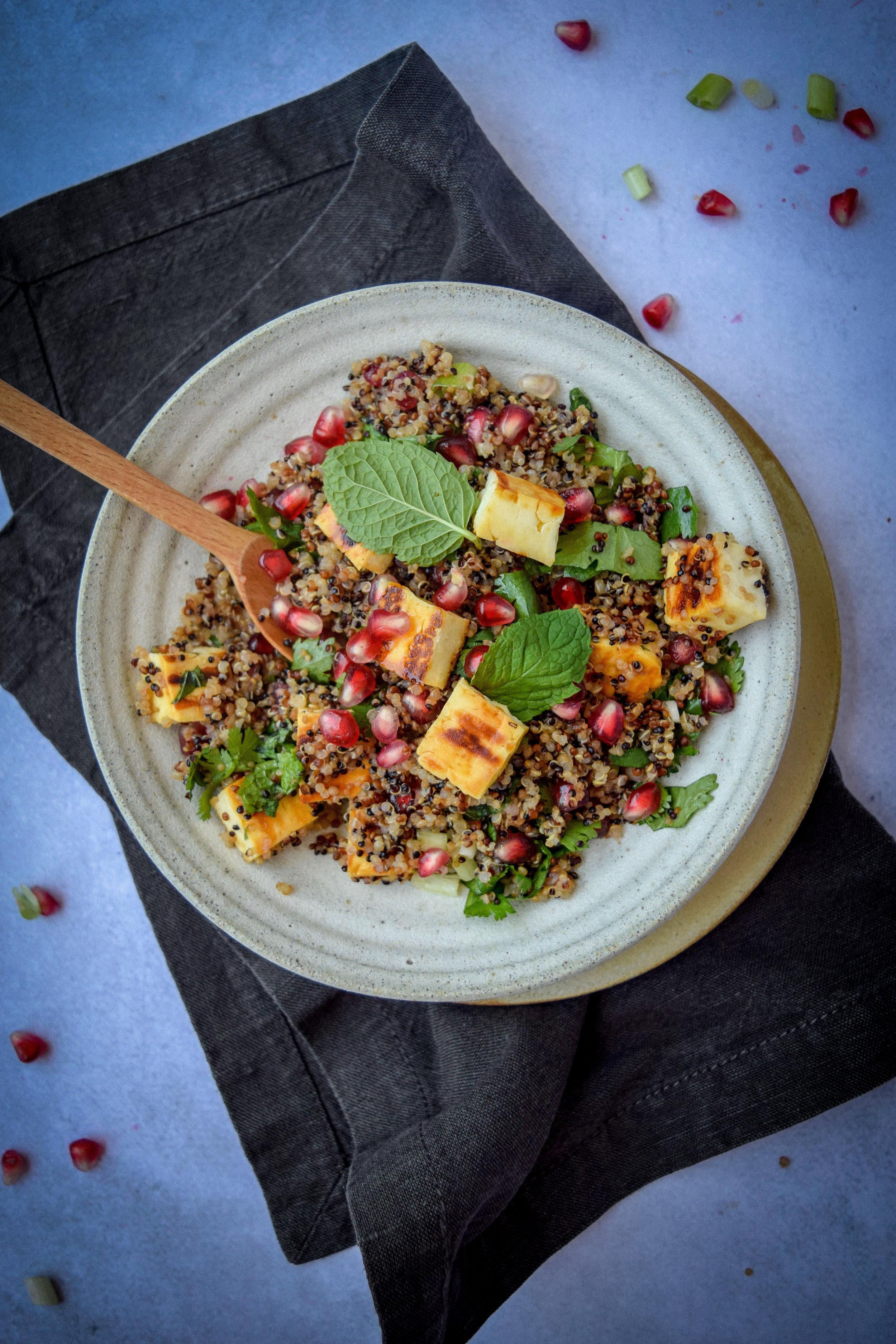 Halloumi quinoa salad_2.jpg