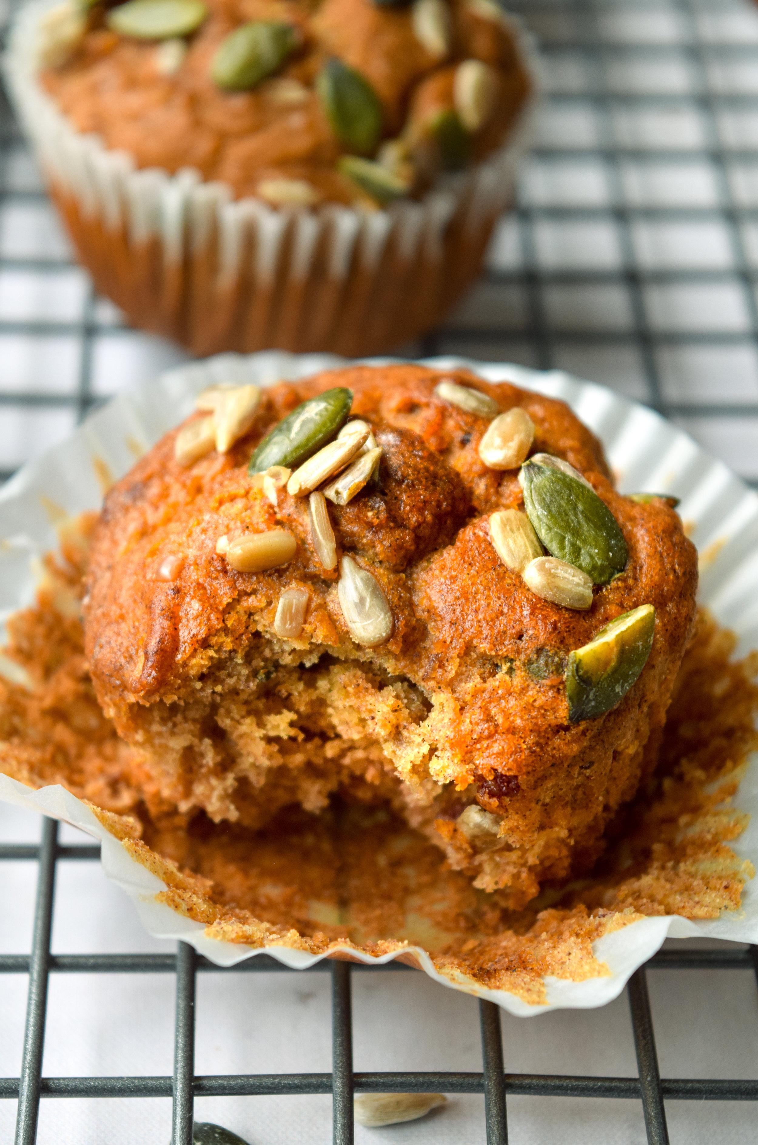 Apple date muffins_4.jpg