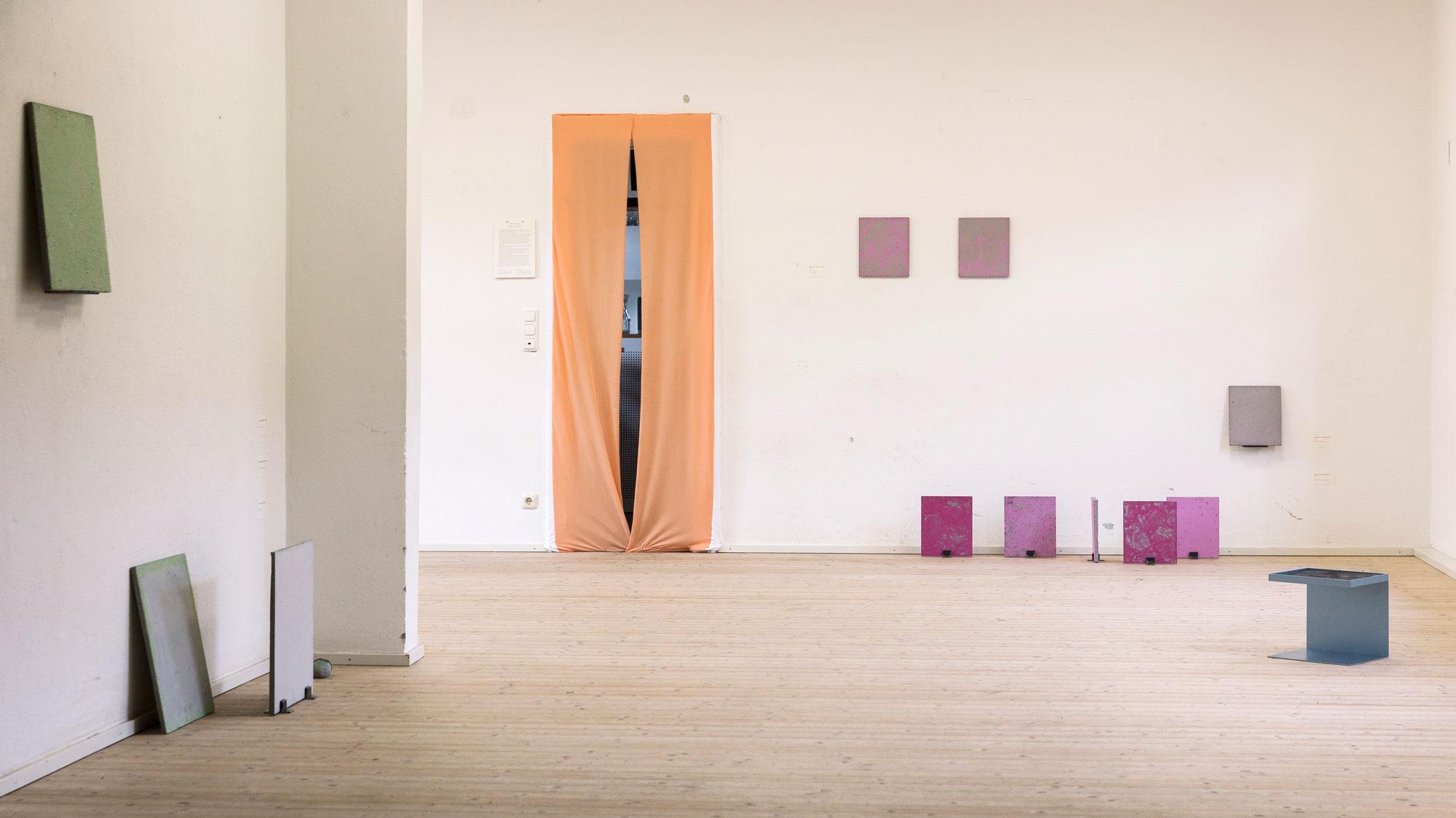 Luka Jana Berchtold_ConcreteDreams_exhibition view (c) Melanie Schneider.jpg