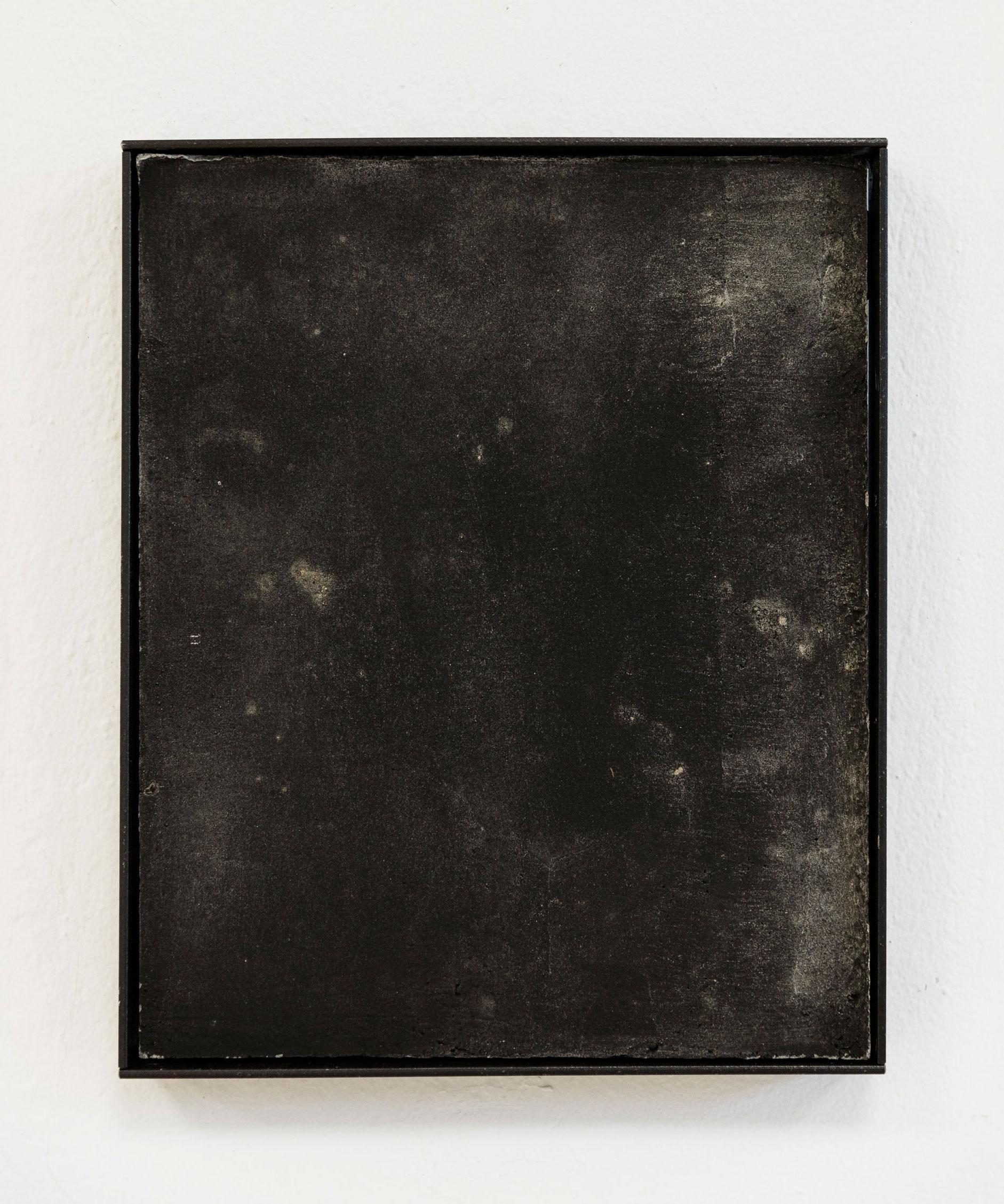 Luka Jana Berchtold_ConcreteDreams_black II_01 (c) Melanie Schneider.jpg