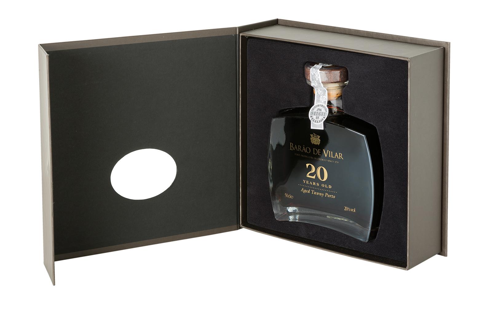 Barão de Vilar 20 Years Old 50cl Callisto & gift box.jpg