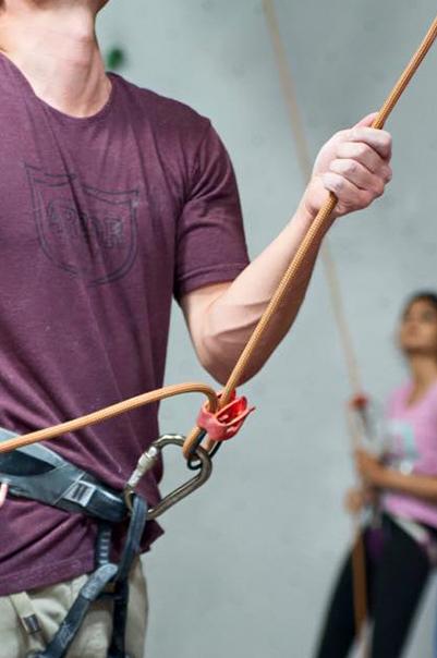 vertical-hold-lessons-belay.jpg