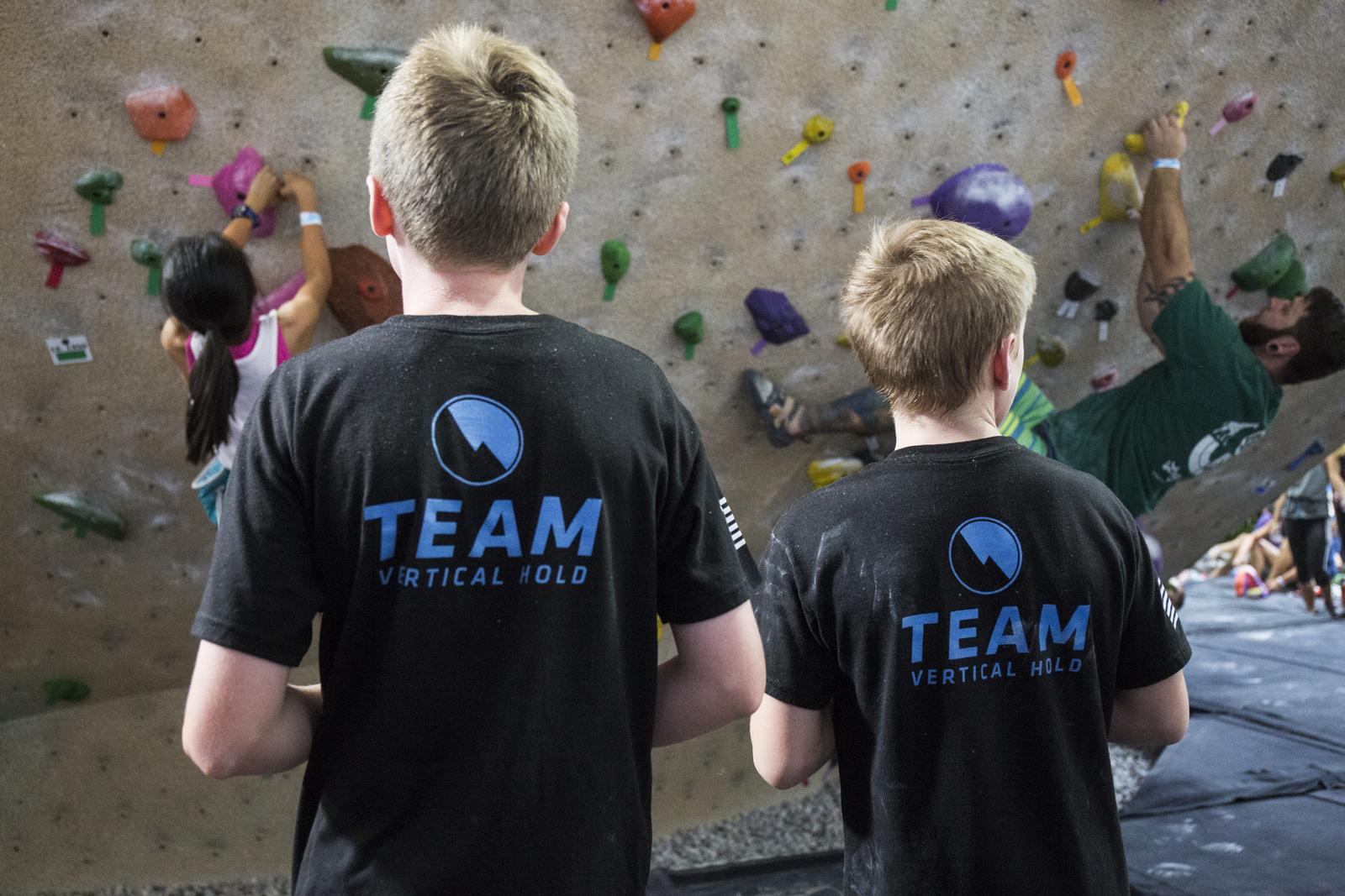vertical-hold-youth-team-003.jpg