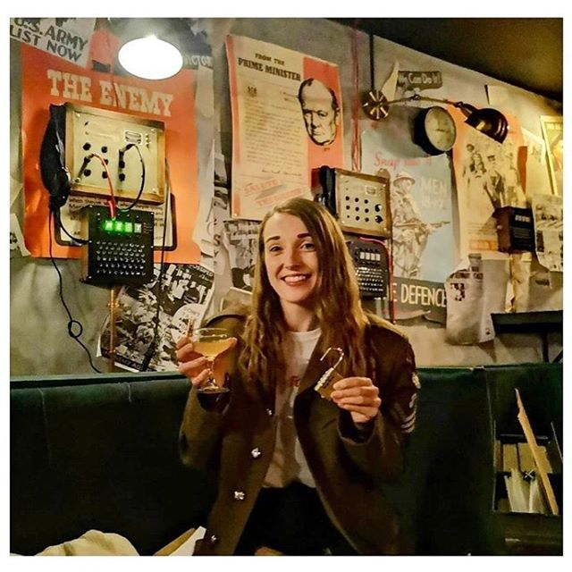 #Repost with @Repostlyapp @emmebeech_ codebreaking cocktail evening, so much fun! 🍸🗝 #thebletchley
