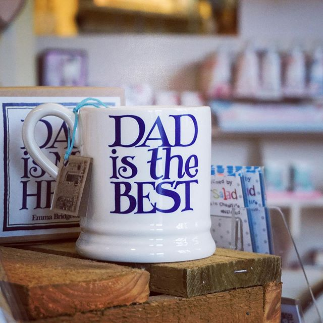 Don't forget Dad!  This Sunday is Fathers Day and we have  some great, last minute gift ideas here at @nenecourtshop including this @emma_bridgewater mug available now in Mochaberry