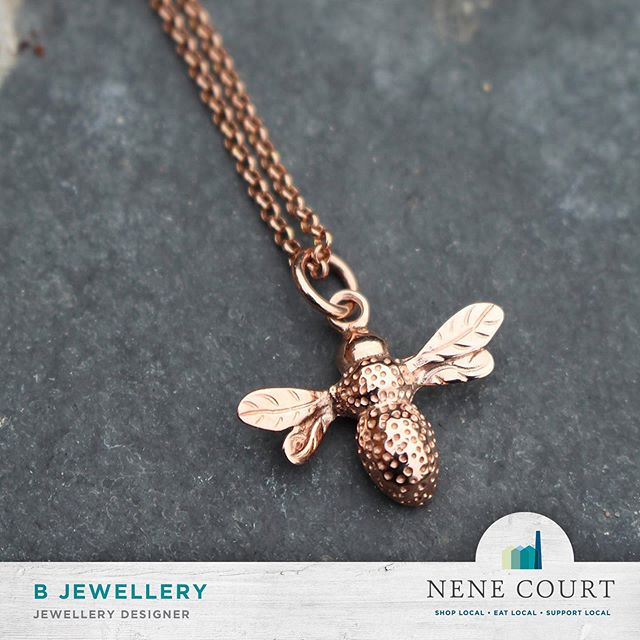 We are LOVING this exquisite Bumble Bee pendant designed and hand made by @b.jewellery in their beautiful shop here at Nene Court.  #Shopping #Wellingborough #NeneCourt #Northamptonshire #Unique #Gifts #Fashion #ShopLocal #local #Kettering #Rushden #Northampton #RushdenLakes #ShoppingVillage #HandMade #SmallBusiness #LocalProducts #Jewellery #WeddingRing #Jeweller #Rings #necklace #pendant
