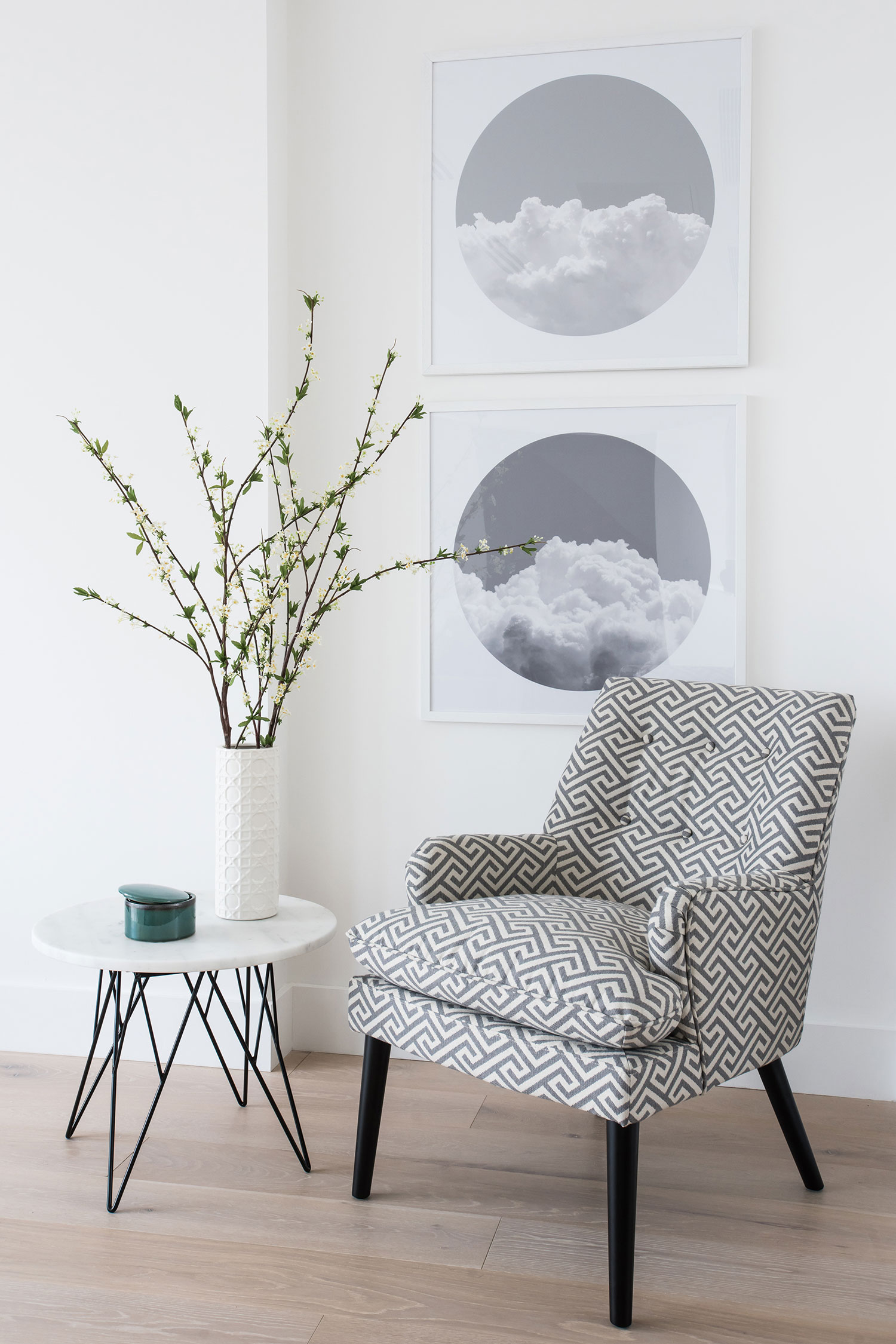 BoxNine7_Fulham_Riverside_008_Living_Room_Entrance_Area_Sitting_Room.jpg