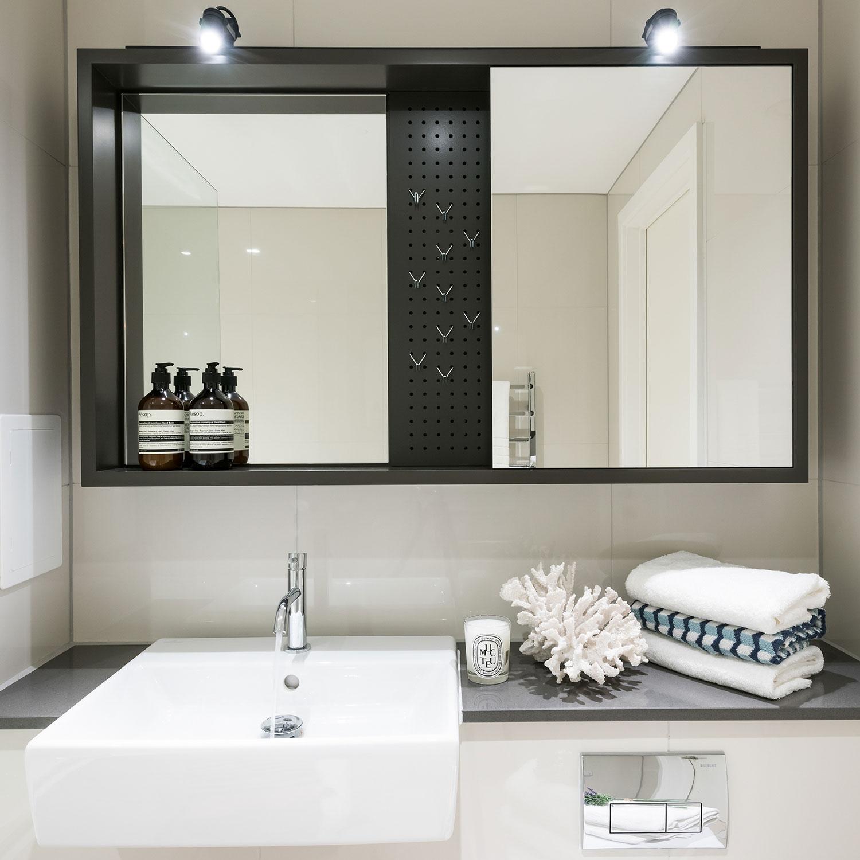 BoxNine7_City_Wharf_047_Bathroom.jpg