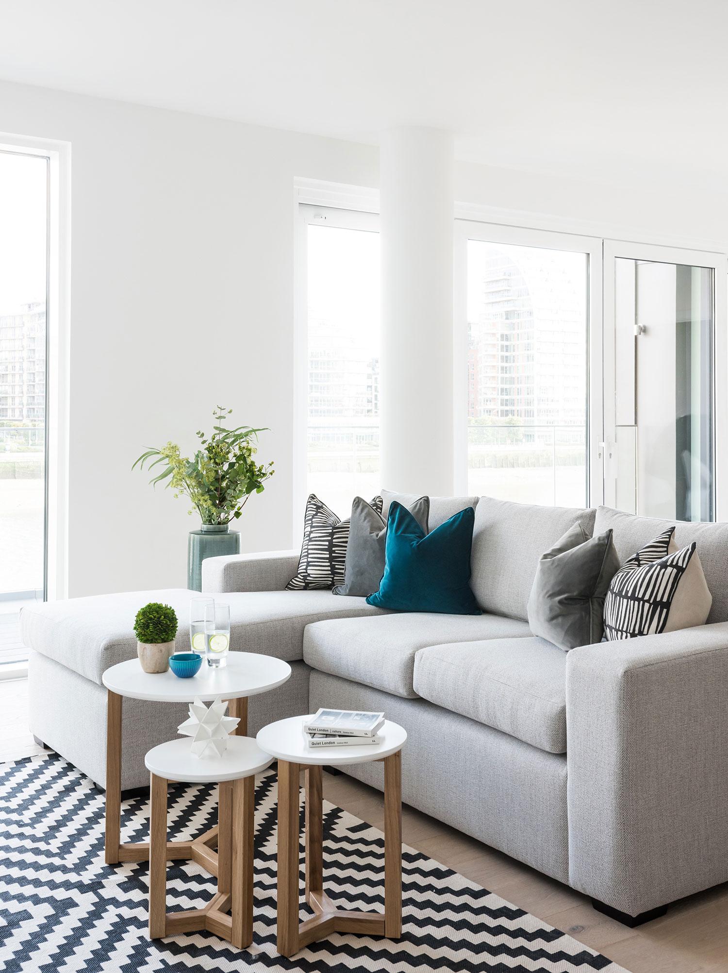 BoxNine7_Fulham_Riverside_S_003_Living_Room_Entrance_Area_Sitting_Room.jpg