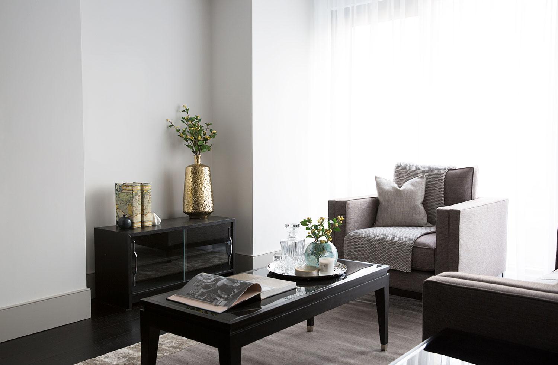BoxNine7_Victoria_Street_003_Living_Room_Entrance_Area_Sitting_Room.jpg