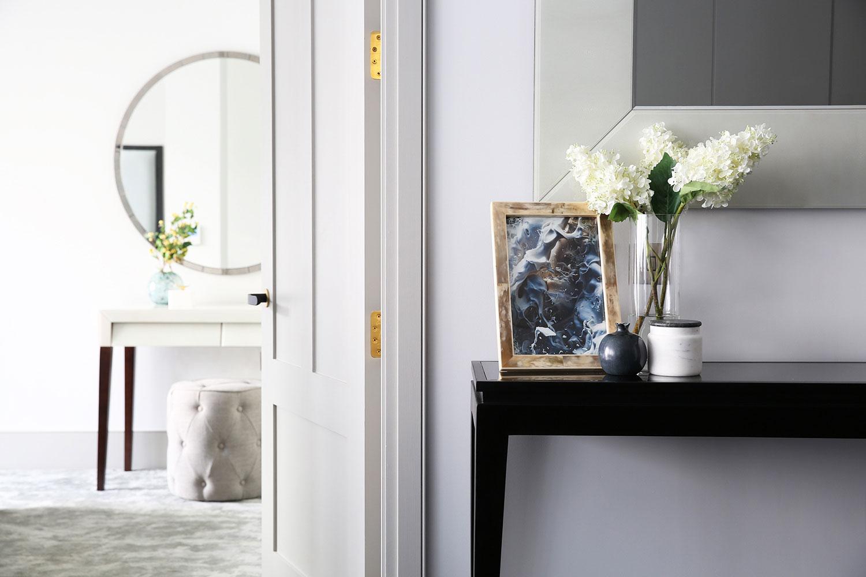 BoxNine7_Victoria_Street_019_Living_Room_Entrance_Area_Sitting_Room.jpg